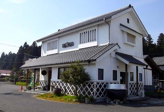 株式会社富川酒造店