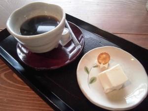 コーヒーとブラマンジェ