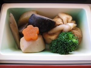 巾着と季節野菜の煮物