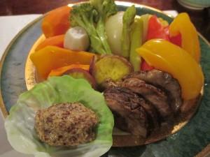 麻希 スネ肉野菜蒸し