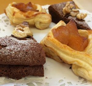 チョコレートケーキ&アップルパイ